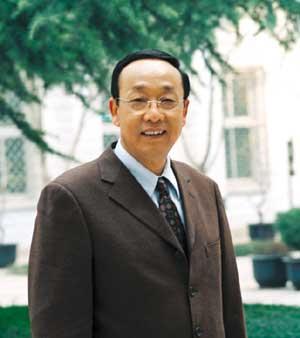 西安斫筝人,其名翟志荣, 制筝三十年,专注好筝品