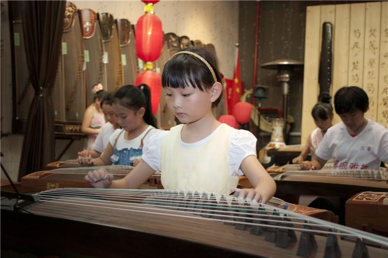初学者买什么古筝之『琴枫国乐』