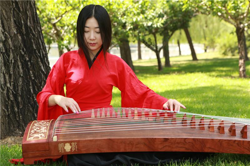 古筝的视谱和背谱怎么训练好?