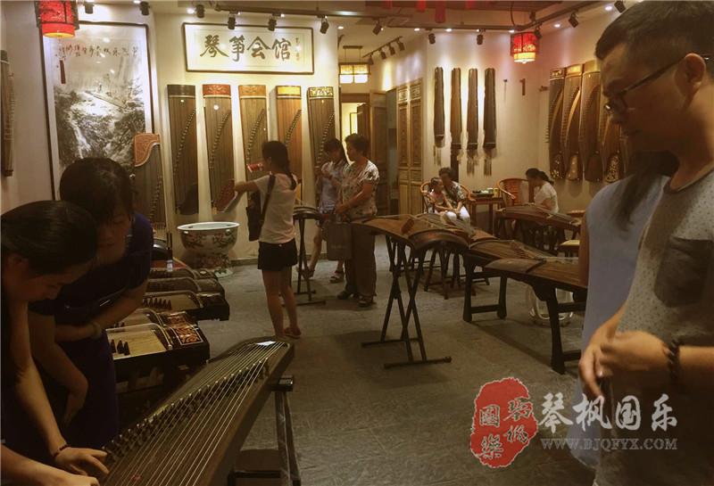 北京哪里买古筝,买正品的敦煌古筝怎样买?