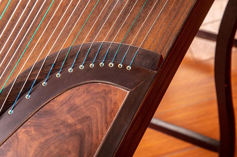 浅析影响古筝音色的因素(二)